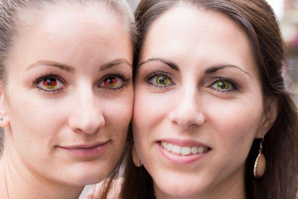 """Wer sein Karnevalskostüm mit Motiv-Kontaktlinsen ergänzen möchte, sollte unbedingt einige Tipps beachten. Quellenangabe: """"obs/Zentralverband der Augenoptiker und Optometristen - ZVA/ZVA/Skamper"""""""