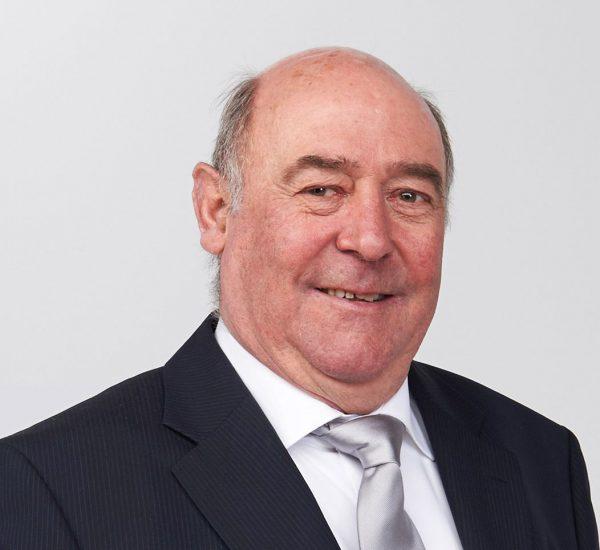 Seit 60 Jahren Dachdecker: Peter Burmann hatte fast zwei Berufsleben