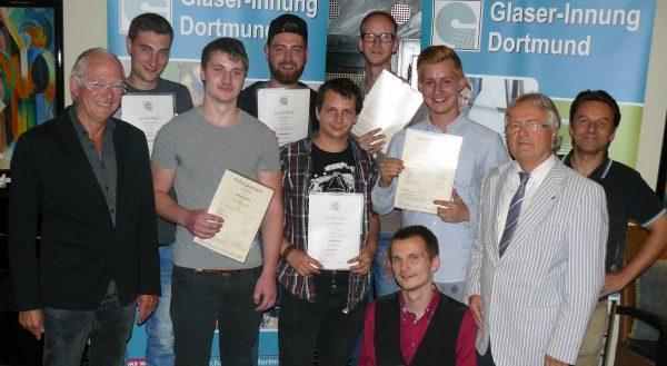 Glaser-Innung Dortmund spricht Lehrlinge frei