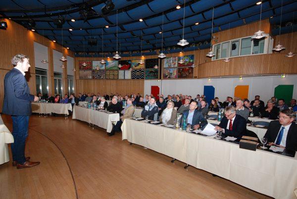 Mit über 80 Teilnehmern war der Saal in Lünen gut gefüllt.
