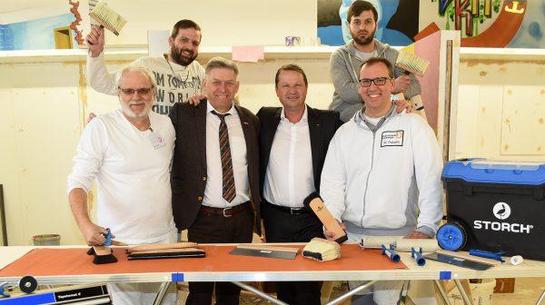 Weltrekord im Tapezieren bringt auch Gewinn für Dortmunder Azubis