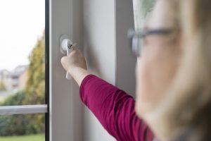 Der rechtssichere Umgang mit Kunden bildet einen Schwerpunkt der nächsten Fensterfachtagung des Fachverbandes Tischler NRW am 23. Januar 2019 in Lünen.  Bild: Bettina Engel-Albustin