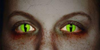 Farbige Kontaktlinse Halloween   Quelle: Kuratorium Gutes Sehen e. V.