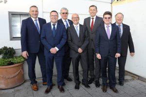 Der neue Vorstand des ZVSHK (v. l. n. r.): Frank Senger, Jens Wagner, Vize-Präsident Norbert Borgmann, Andreas Schuh, Präsident Michael Hilpert, Hauptgeschäftsführer Helmut Bramann und Joachim Butz.