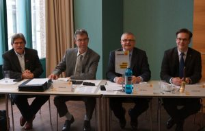 V.l. Volker Conradi, Christian Sill, Rolf Meurer und Hauptgeschäftsführer Christian Heil